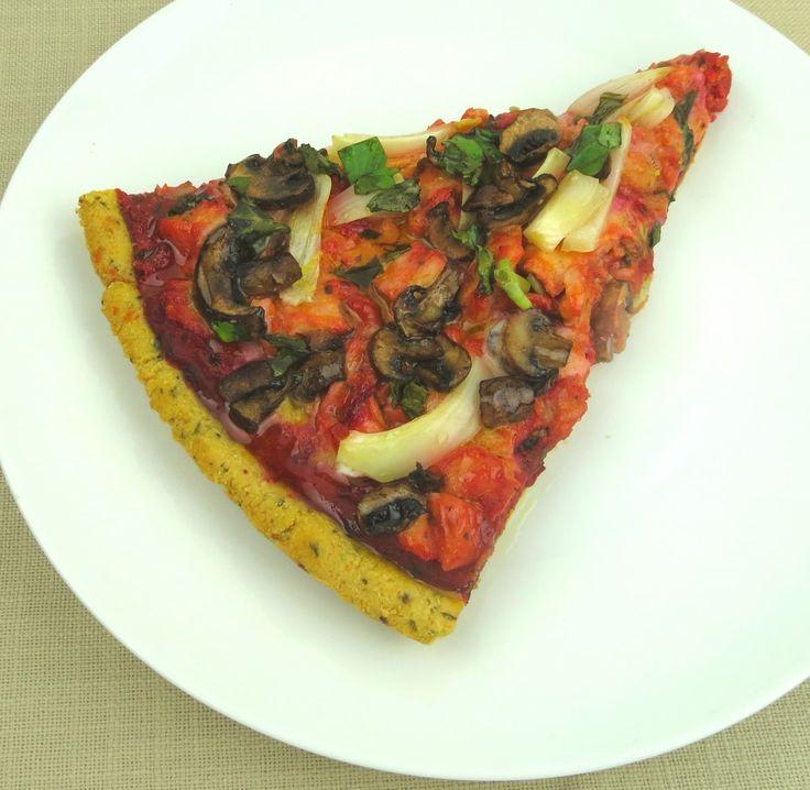 Paleo Barbecued Chicken Pizza! #paleo #pizza