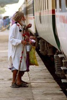 Train Begger In India
