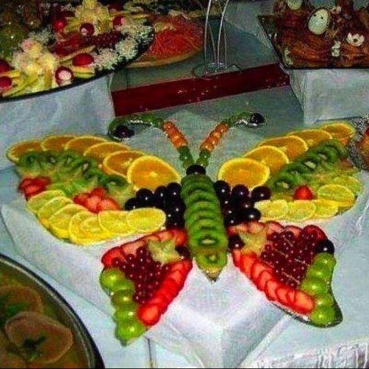 Des plateaux de fruits et légumes, haut en couleurs!