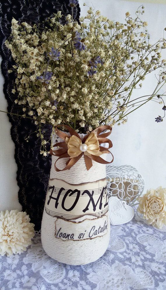 Personalized mason jar with name written on rope by Rocreanique