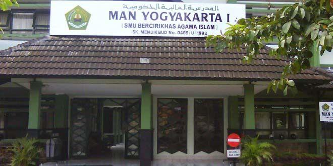 Edupost.id, Yogyakarta – Madrasah Aliyah Negeri (MAN) Yogyakarta I kembali menjadi Juara Umum pada Kompetisi Sains Madrasah…