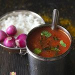 Tomato and Garlic Rasam….ohh the spicy, tangy, soupy curry made with blushing red ripe tomatoes and flavored with lots of garlic. When I say lot, in actual sense there is…
