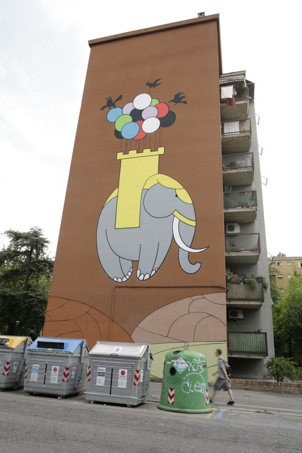 Graffiti : Mural by the artist  Honet in Bologna, Italy at the Frontier Project. © Capuano / Monti / FAAB