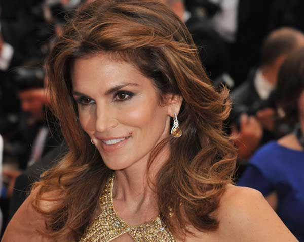 Cindy Crawford Shares Her Eating Habits, Food Philosophy  - Photo by: Featureflash / Shutterstock.com http://www.womenshealthmag.com/weight-loss/cindy-crawford