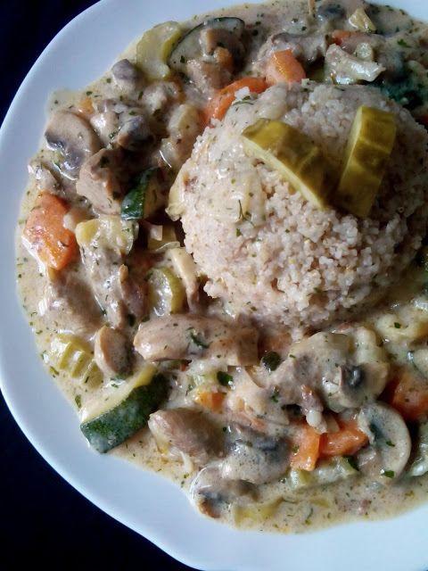 magiczna kuchnia Kasi: Gulasz z indyka z warzywami