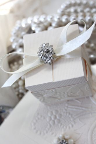 beautiful box wrapping ♥ ╬ ♥