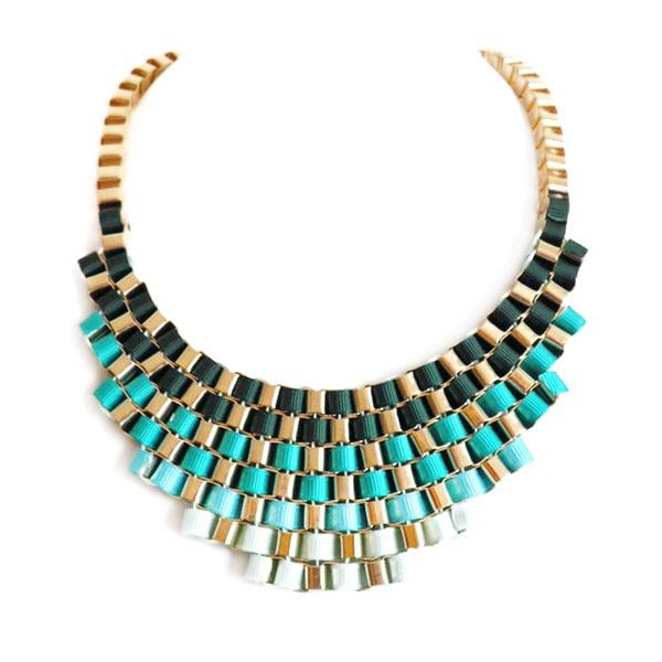 Collar tipo cuello de perlas negras , Makedoonia