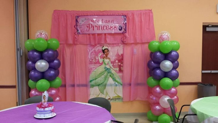 Picture area, back drop, balloon columns , Princess and the Frog @Shelly'sDecor