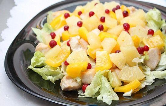 Рецепты салатов с ананасом и ветчиной, секреты выбора ингредиентов и