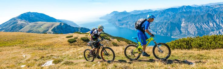 "#Brentonico è la porta per raggiungere il #MonteBaldo, spettacolare balcone naturale sul #lagodiGarda e ""giardino d'#Europa"": qui si vive la #montagna in sella alla #mtb! #Brentonico is the starting point to reach #MonteBaldo, an amazing natural balcony overlloking #lakeGarda. www.visitrovereto.it"
