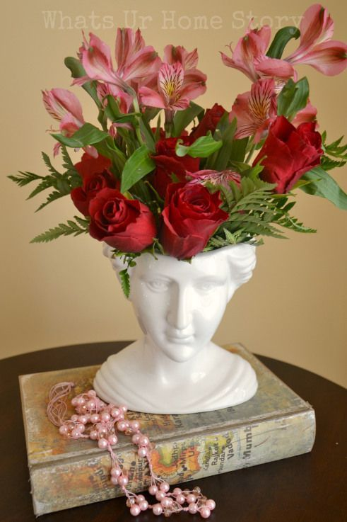 How to style a Victorian Ceramic Bust, Decorating with White Ceramic Accessories http://www.whatsurhomestory.com