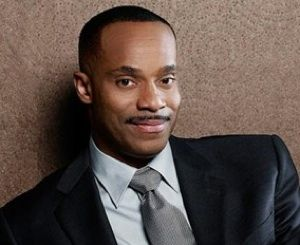 Rocky Carroll signed contract to remain on NCIS in Season 10!
