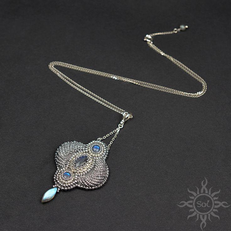 #beading #beadwork #beadweaving #beadembroidery #labradorite #beadedcabochon #labradoritejewelry #elegantjewelry #gemstonenecklace #bluelabradorite #labradoritenecklace #healinggemstone #artisanjewelry #semipreciousjewelry #flashlabradorite #embroiderednecklace #flashy #silverjewelry #statementjewelry #statementnecklace #blueflash #victorianjewelry #orientaljewelry #silverblue #3D #3Dembroidery #bollywoodjewelry