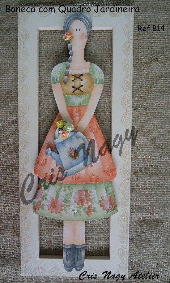 Boneca com Quadro Jardineira - CRIS NAGY ATELIER