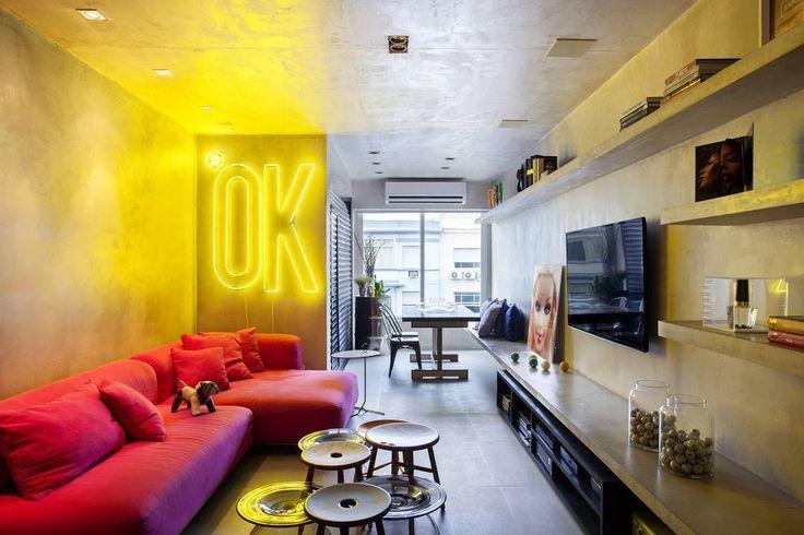Shared by mass.fusion #homedesign #contratahotel (o) http://ift.tt/1TNRQ6i MM House реализован дизайнерами Studio RoCa. Молодой хозяин резиденции хотел чтобы его дом был уютным и гостеприимным а также подходил для проведения вечеринок. Квартиру решили оформить в духе большого города.  #design #interiordesign #interior #interiors #house #designideas #дизайн #дизайнинтерьера #интерьер #квартира #architecture #home #designer #designers #interiordecor  #designinteriores #homedecor  #loftdesign…