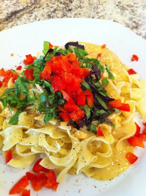 Curry up and get some delicious! Make a creamy chicken curry sauce and pour it over some noodles. Top with chopped mixed greens and fresh red bell peppers. Great hot or cold.