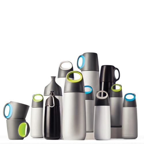 Bopp mini, bottle with carabiner     *NEW SPRING 2012*   Red Dot Design Award 2012     It is impossible to imagine our daily life without water. In our office, on the road, exercising, actually everywhere. The Bopp adds design and functionality to our daily use of water.