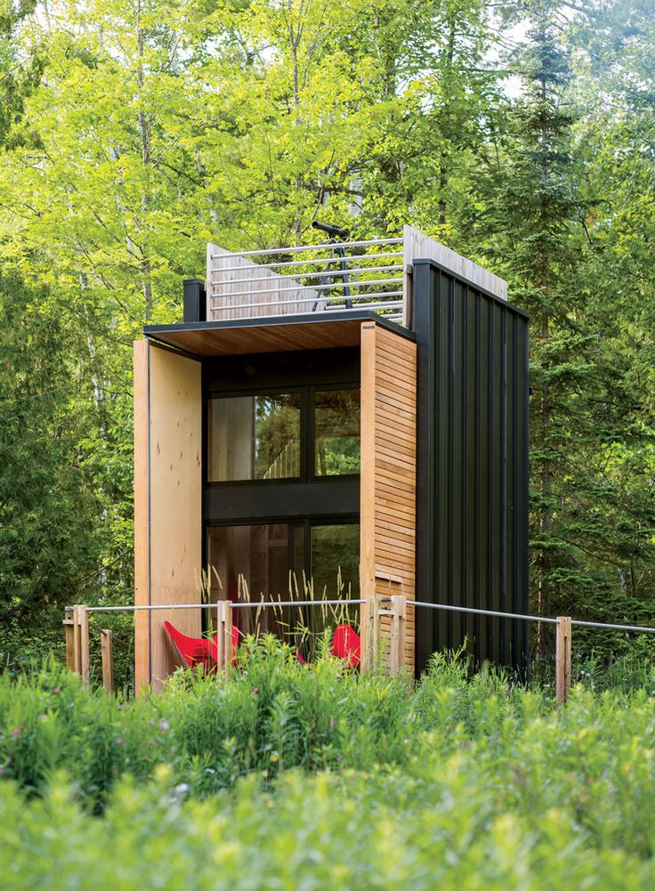 Facade of self-sustaining Wisconsin cabin by Revelations Architects/Builders.