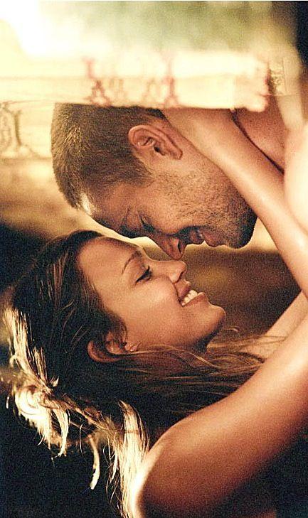 jessica alba love scene