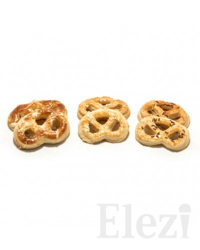 Sýrové praclíky- Cukráreň Elezi Bratislava | poctivá zmrzlina, torty, zákusky, slané, káva, burger