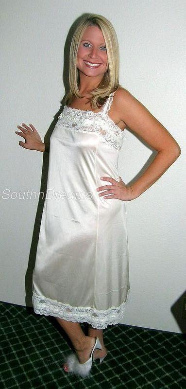 Ndb1095 Fashion Night Gown