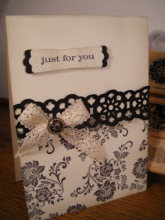 handmade card ... black & white ... Fresh Vintage ... like the look of lace with the stamping ... Stampin' Up!