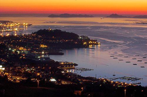 Puerto de Vigo (vía Galería de A Garazo / Ninakupenda)