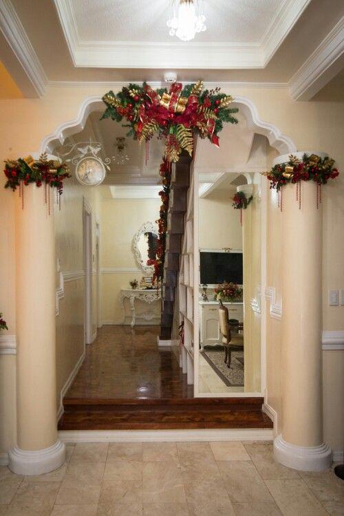 Styling the hallway/ Christmas
