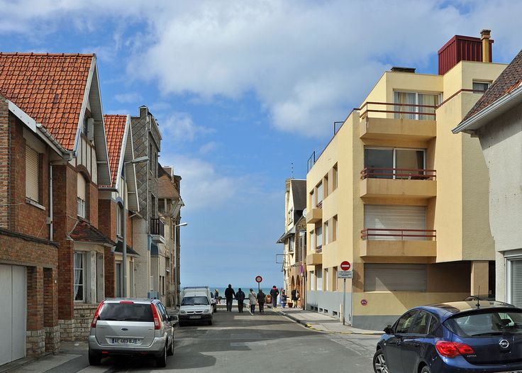 Bray-Dunes Rue de l'Ancienne Gare R01 - Category:Quality images of Nord - Wikimedia Commons