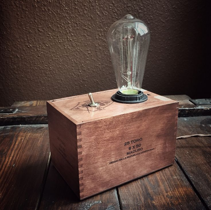 """Toro"" cigar box lamp with kill switch, Edison bulb and vintage French cable. Made by Atelier Alles im Griff."