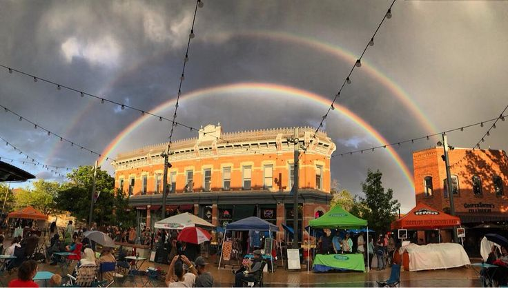 Wishing everyone a happy Labor Day weekend! Have fun and comment below what you're looking forward to this weekend 👇 . . . 🌎: Downtown Fort Collins 📷: @downtownfoco #ColoradoColony #Colorado #ColoradoLife #ColoradoLove #ColoradoNews #CO #ColorfulColorado #FortCollins