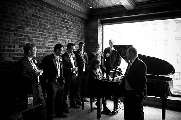 Weddings at Executive Suite at 74 State Hotel, Downtown Albany's ONLY Boutique Hotel. Located just steps from the NY Capitol, LOB, state offices, Times Union Center and Palace Theater, and a short drive from Amtrak and the Albany International Airport.