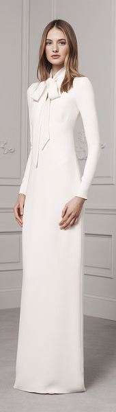 Ralph Lauren Pre-Fall 2016 Collection: white column dress with bow embellishment