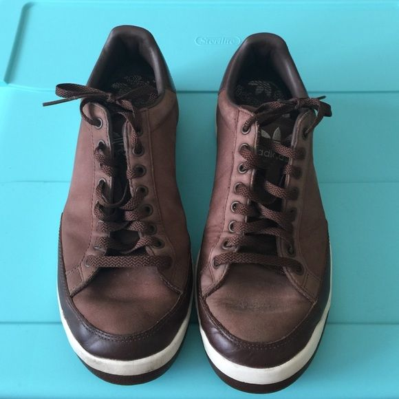 "Brown/White Adidas Shoes (men's) Barely worn -brown/white leather ""Rod Laver"" shoes, EXCELLENT condition! Trades -will bundle! Adidas Shoes"