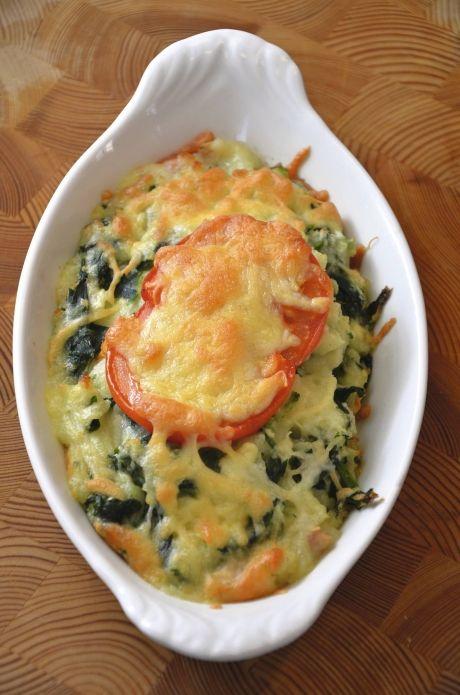 Ovnbagt kartoffelmos med skinke og spinat