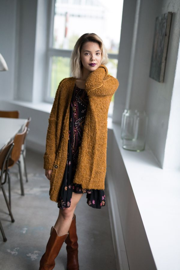 Free People Bouclè Cardi Cozy up in this super slouchy knit cardigan with large front snap button closures. Side pocket details. #cardigan #vintageboots #westernboots #freepeople
