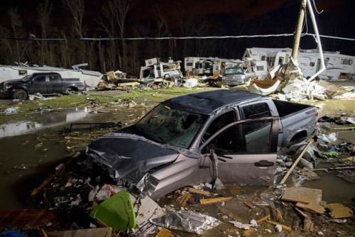 Deadly Storms Trigger Tornado Alert from Florida to Mid-Atlantic...: Deadly Storms Trigger Tornado Alert from Florida to Mid-Atlantic…