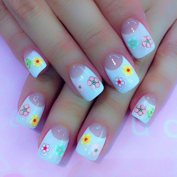 35 best fimo nail art images on pinterest fimo belle nails and pink and white with encapsulated clay flowers clay find this pin and more on fimo nail art prinsesfo Choice Image