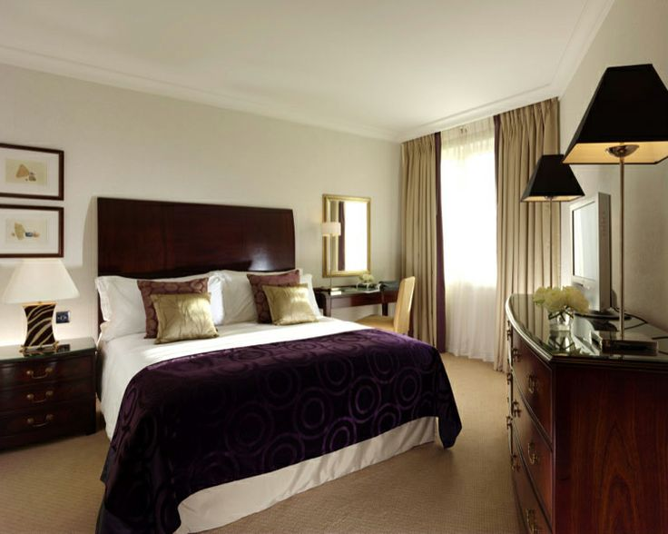 Enjoy An Afternoon Nap With A Sunny Side Bedroom At Cheval Gloucester Park  Serviced Apartments U0026