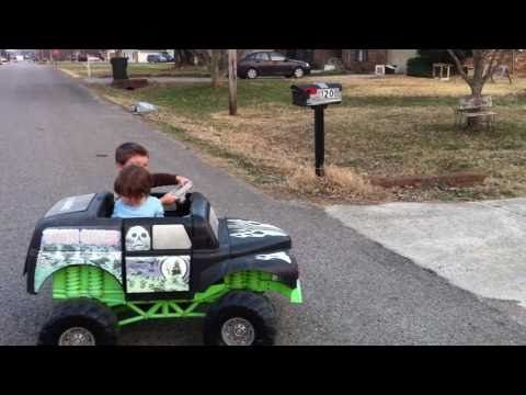 Custom Ride Ons - 12V Power Wheels Grave Digger Monster Truck - by Hozian - Modified Power Wheels