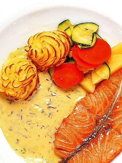 Lax med dillsås och pommes duchesse | Recept från Köket.se