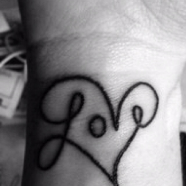 I WANT! in glow in the dark ink on my wrist!!