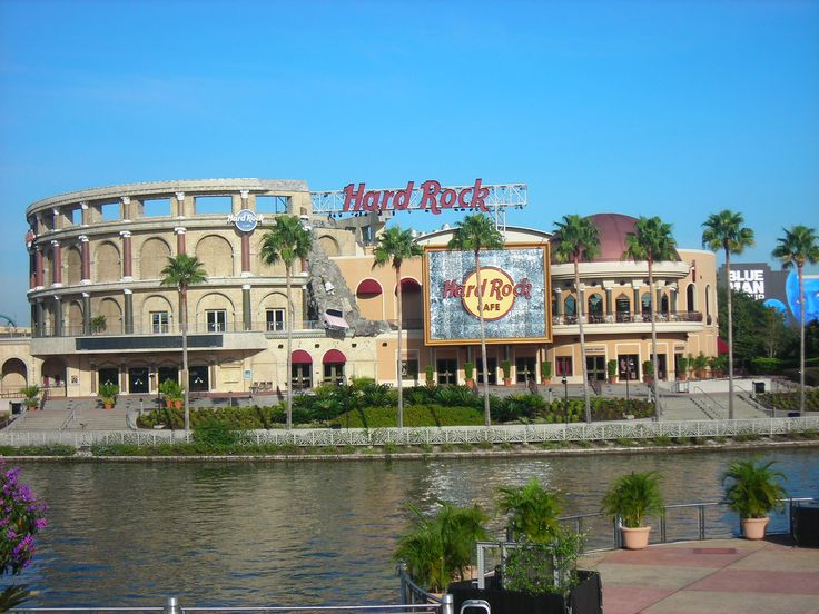Hard Rock Cafe Orlando is the biggest HRC in the world...I love this place!!! Been there once & would love to go again!!!