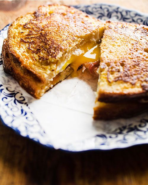 "Montecristo panino - from Lara Ferroni's ""Put an Egg on it"" (via FeedBlitz)"