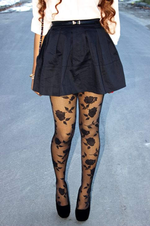 one size fits all semi sheer rose pattern tights.    -92% Nylon, 8% Elastane  -Hand Wash and dry separately