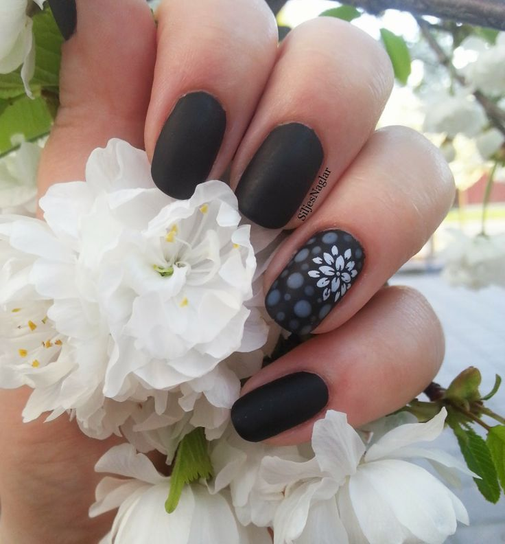 Black and matt nails, dotts with OPI - Don't Touch My Tutu and ...
