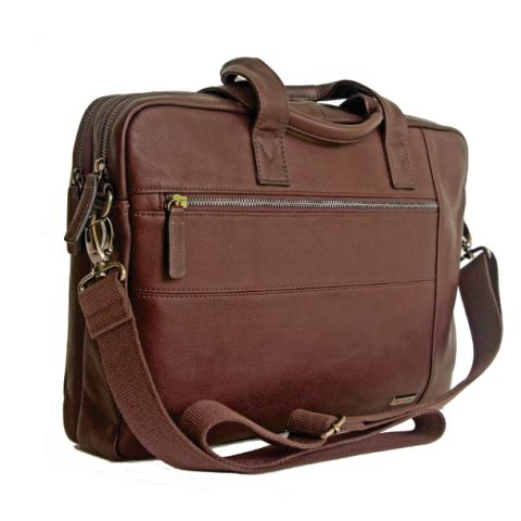 GINO DE VINCI COLOMBIA LEATHER LAPTOP SHOULDER BAG  A business bag that demands a mature audience. Styled to perfection this Gino De Vinci leather laptop #bag (from Gino's Columbia range) has all the features to be the perfect #business bag. Everything a bout this #leather business bag is harmonious and every feature has its function- no excess clutter.  Price: R1960