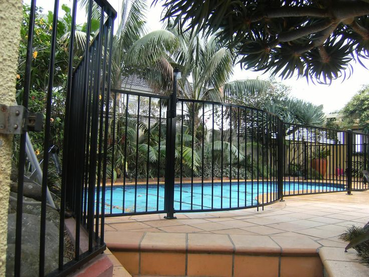 Get Gates & Fence It - Curved Pool Fence