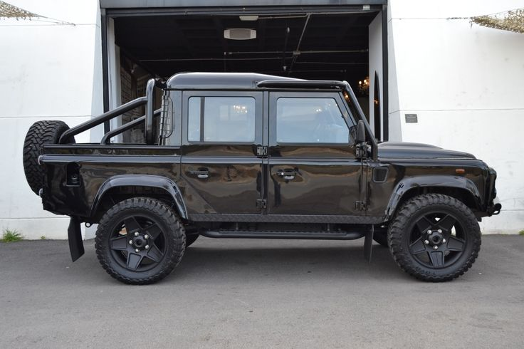 "2010 Land Rover Defender - #Defender 110 Double Cab, Pick-up ""All Blacks"" version 