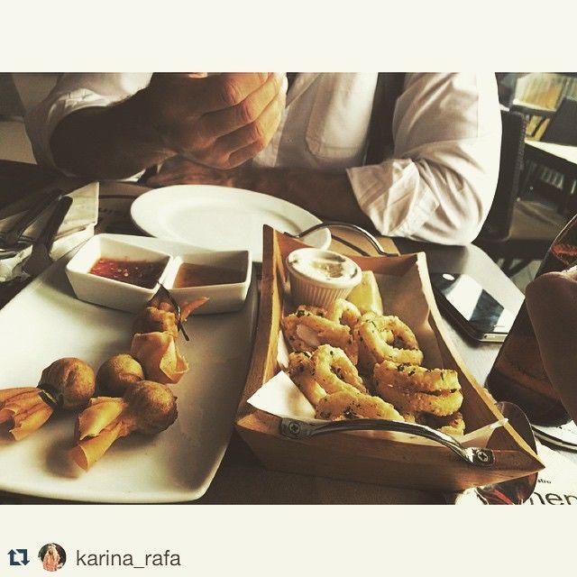 #fingerfood time 👍 #Repost @karina_rafa Ой, я же еще запланировала вам рассказывать о разных классных рестиках на #самуи как только  укладываем детей на дневной сон, начинается наше время с мужем 😂 едем обедать, встречаться с друзьями, шарахаться по острову. Сегодня поехали помыть тачку в #CentralFestival и здесь же зашли в очень очень приличный ресторан  #thekitchen кухня европейская и тайская. Из 5 балов на твердую 4-ку) #thekitchen #thekitchengroup #foodporn #foodie #aroibkk…